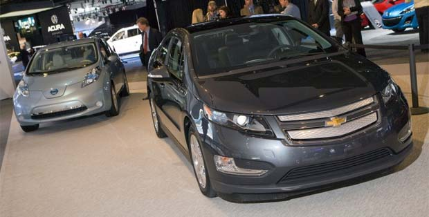 Leaf Volt Top The Kbb Greenest Cars Of 2011 List