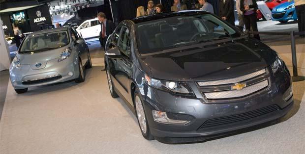 Nissan leaf chevy volt post april sales for General motors annual report 2010