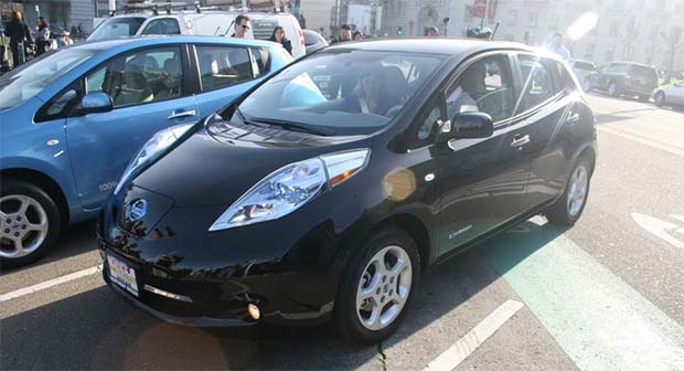 Nissan-Leaf-Buyer