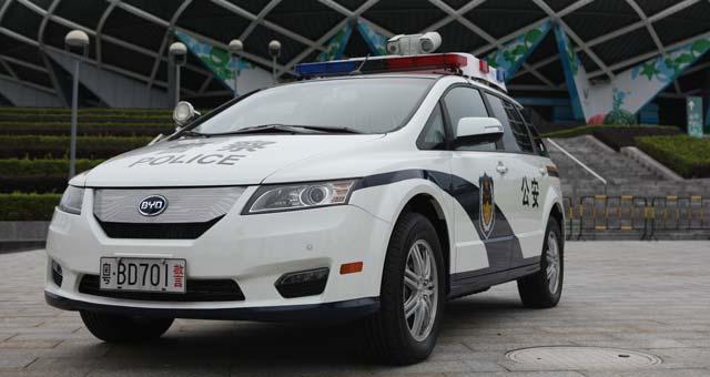 e6-Police-Car