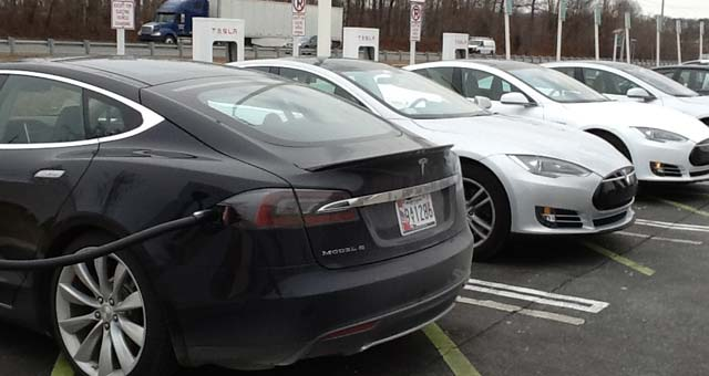 Tesla-Model-S-EVs