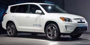 2013-Toyota-RAV4-EV