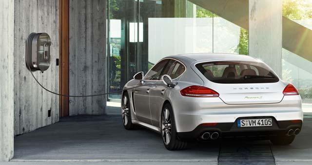 Panamera Charging Porsche