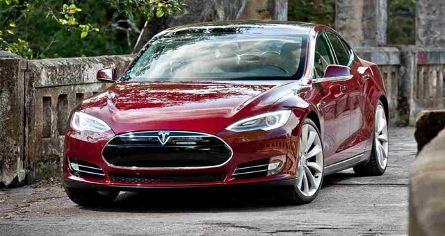 Tesla Motors Posts 1st Quarterly Profit In Its 10 Year History