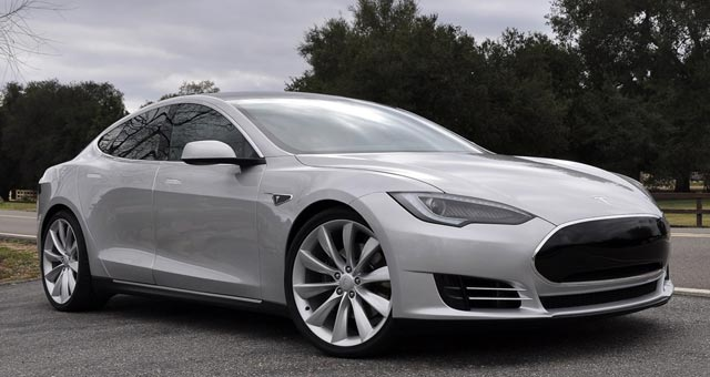 Tesla Model S Earns Highest Consumer Reports Rating
