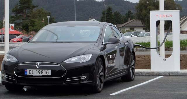 Tesla-Supercharger-Norway