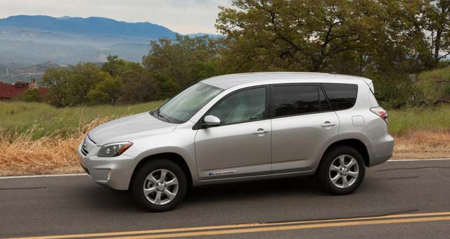 toyota recalls 2500 rav4 ev suvs in the us. Black Bedroom Furniture Sets. Home Design Ideas
