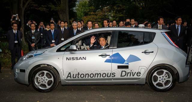 Nissan-Leaf-Autonomous-Drive