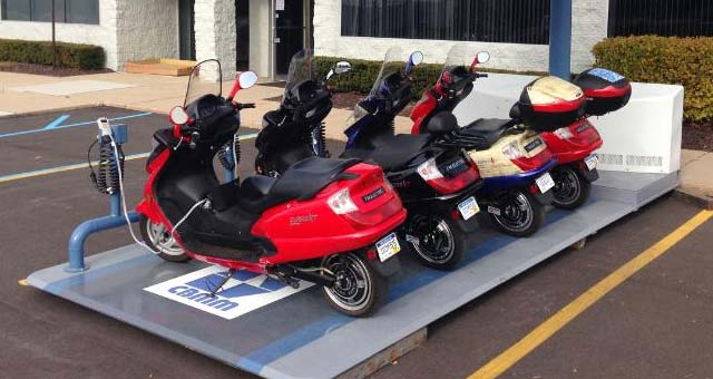 Current-Motor-Super-Scooters