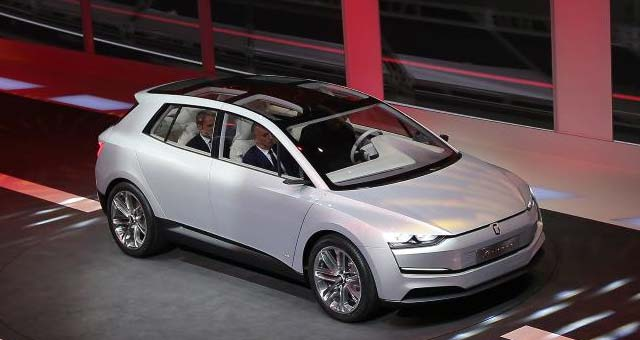 Italdesign-Giugiaro-Clipper-concept