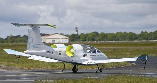 Airbus Unveils E Fan Electric Aircraft Prototype Video
