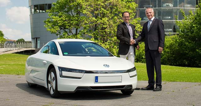 first-Volkswagen-XL1