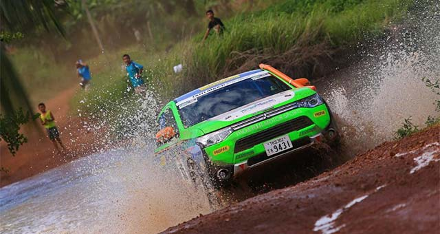 Outlander-PHEV-Asia-Cross-Country-Rally_s