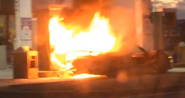porsche 918 spyder catches fire in toronto video. Black Bedroom Furniture Sets. Home Design Ideas
