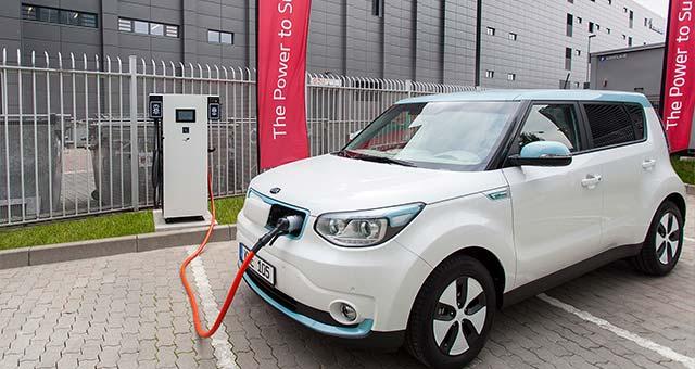Kia-Soul-EV-Charging_1