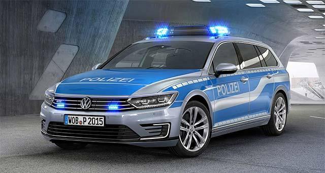 Police-Passat-GTE