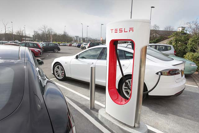 Tesla-UK-Supercharger_1