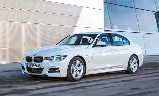 BMW-330e-iPerformance