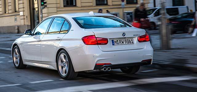 BMW-330e-iPerformance_3