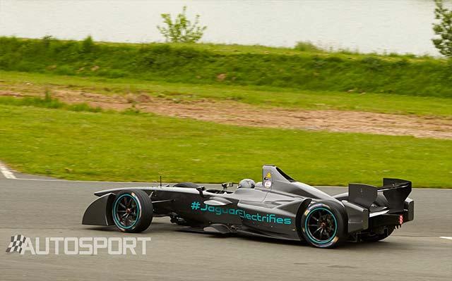 Jaguar-Formula-E-Racer_2