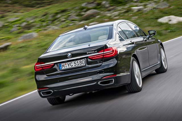 BMW-740e-iPerformance_1