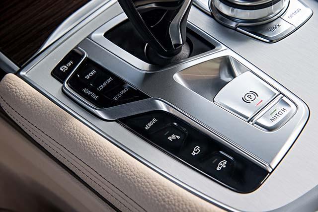 BMW-740e-iPerformance_5